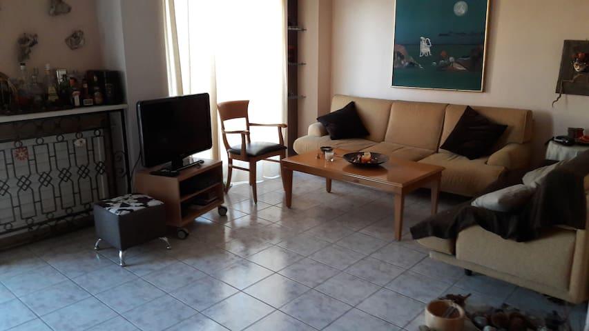 Διώροφο διαμέρισμα κοντά στο λιμάνι - Patra - Apartment