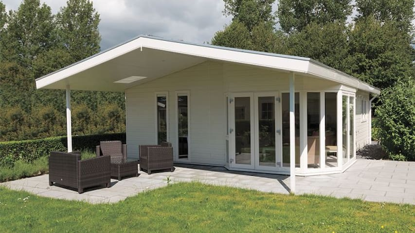 Type F: 6 persoons Chalet