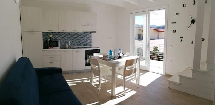 """Holiday Apartment """"Appartamento Isola Rossa"""" with Sea View, A/C, Balcony & Terrace; Parking Available"""
