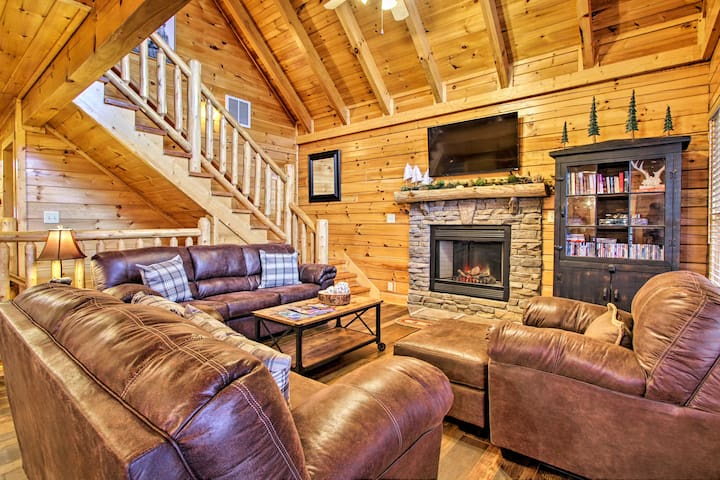 Sevierville Cabin w/ Spa, Game Room & Views!