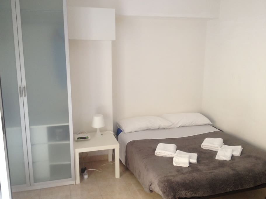 Studio monolocale porta romana apartments for rent in - Bed and breakfast porta romana milano ...