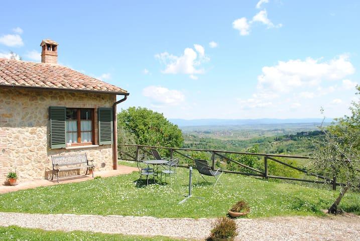 Agriturismo Pacifico - 1 Km from Montepulciano - Montepulciano - Casa