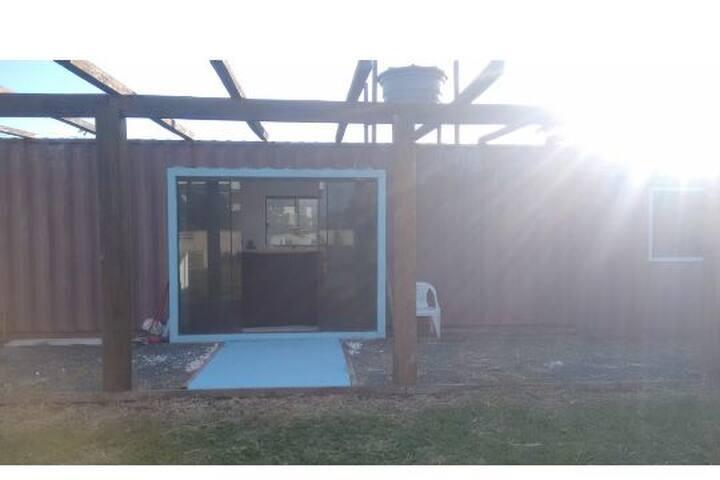 Casa 🏠 Container  house. Tenha essa experiência.