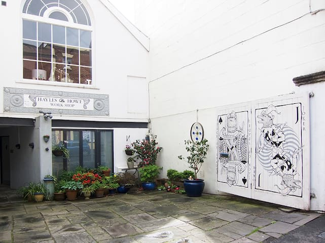 Beautiful Converted Chapel - Bristol - Rumah