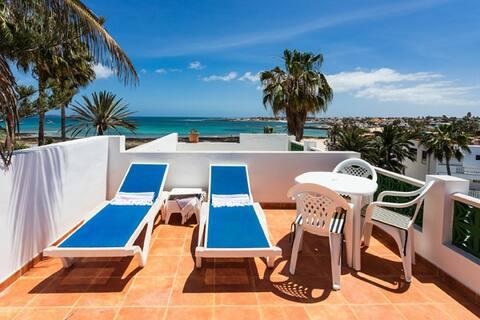 Old Corralejo beachfront apartment