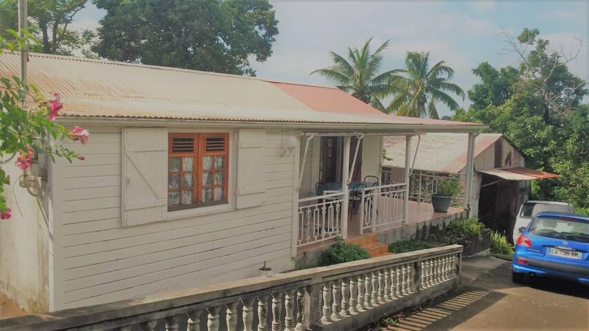 Maison familiale à Saint-Claude - Basse-Terre - Dom