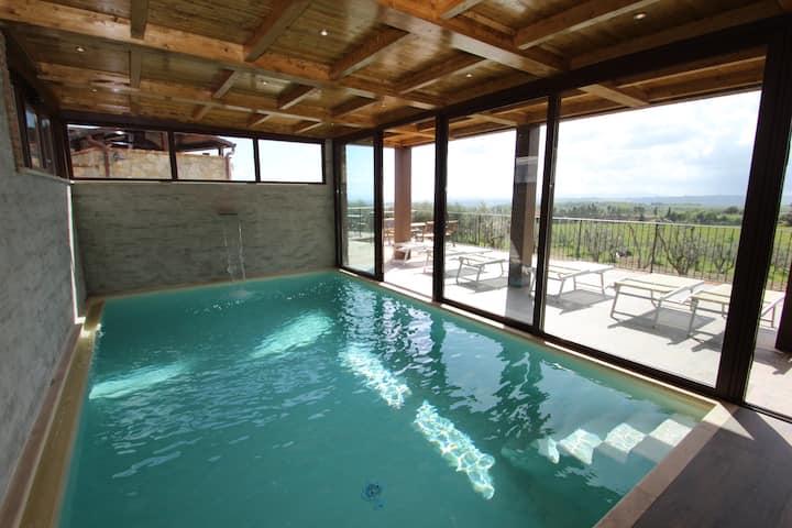 Borgo medievale con piscine e SPA panoramica
