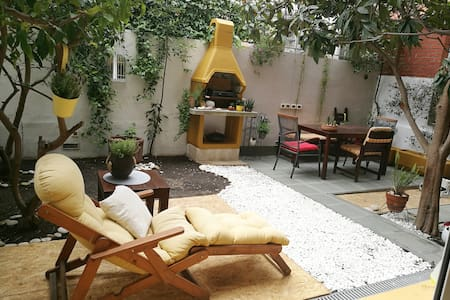 Apartment Issa -1min from the beach,free parking