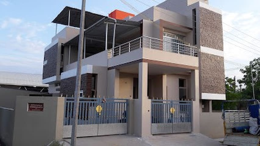 Home Stay Trichy (Morais City)