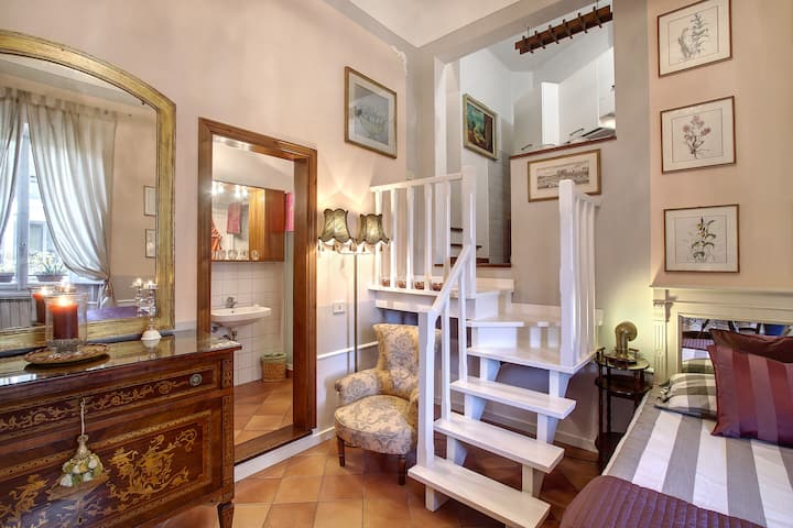 CCC - Cozy Comfy Chic apartment in Florence