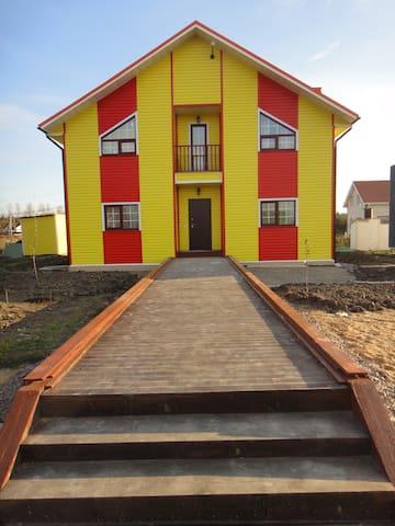 Ораниенбаум - дом - Rumah