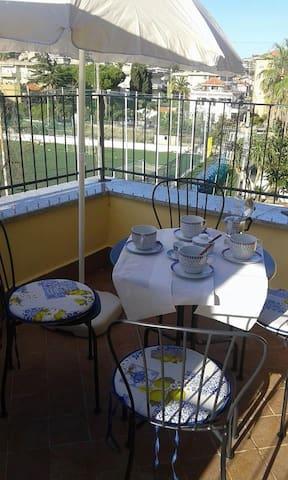 Casa Dall'asilo Vecchio - Riva Ligure - Apartamento