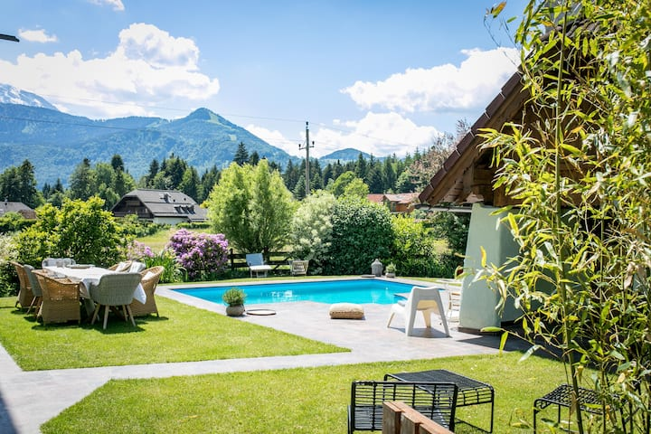 Romantic countryside farm, private pool, <10 pax