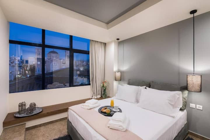Senior Suite with City view