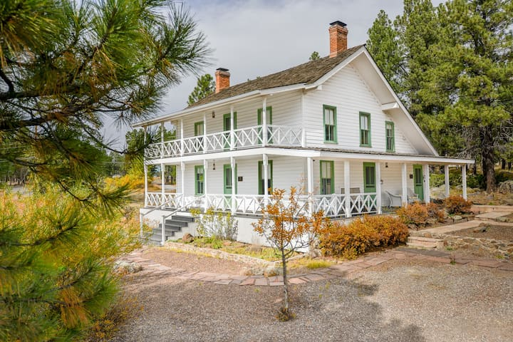 Historic McMillan Homestead, Sleeps 10