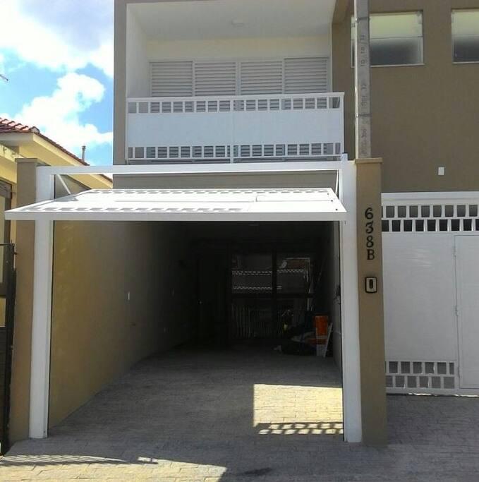Potão de acesso à garagem (casa)