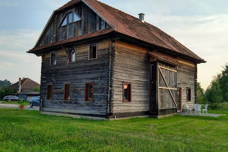 Wooden Barn Guesthouse