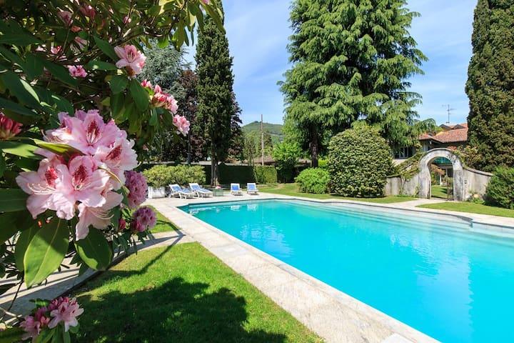 Charming and laid-back villa with pool - Villa Ida