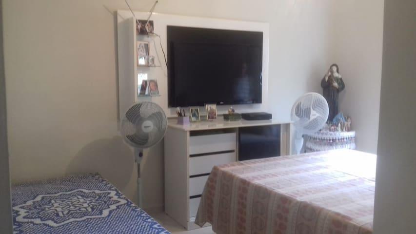 Apartamento completo com 02 quartos e 1 suíte