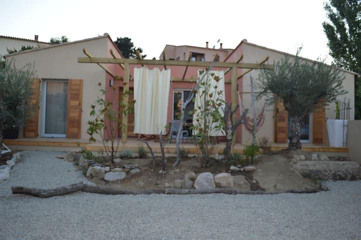 FOCU Mini villa 2 Chambres à Ile Rousse - L'Île-Rousse - House