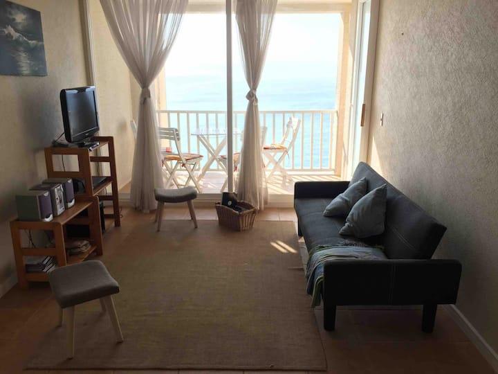 Apartamento con vista al mar, en complejo familiar