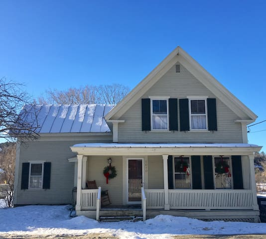 Classic Farmhouse Holiday in Quechee