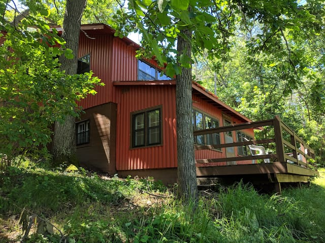 Three bedroom cabin on Rice Lake - ALBERTINA