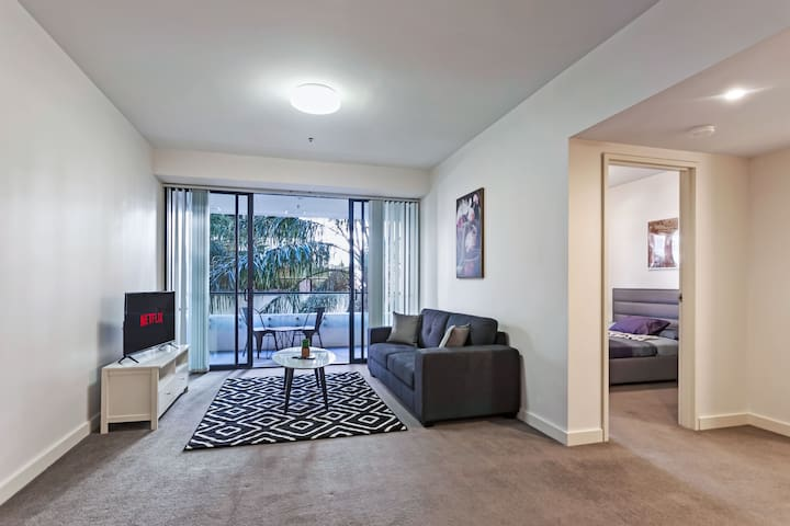 Corporate 1 bedroom north sydney 40