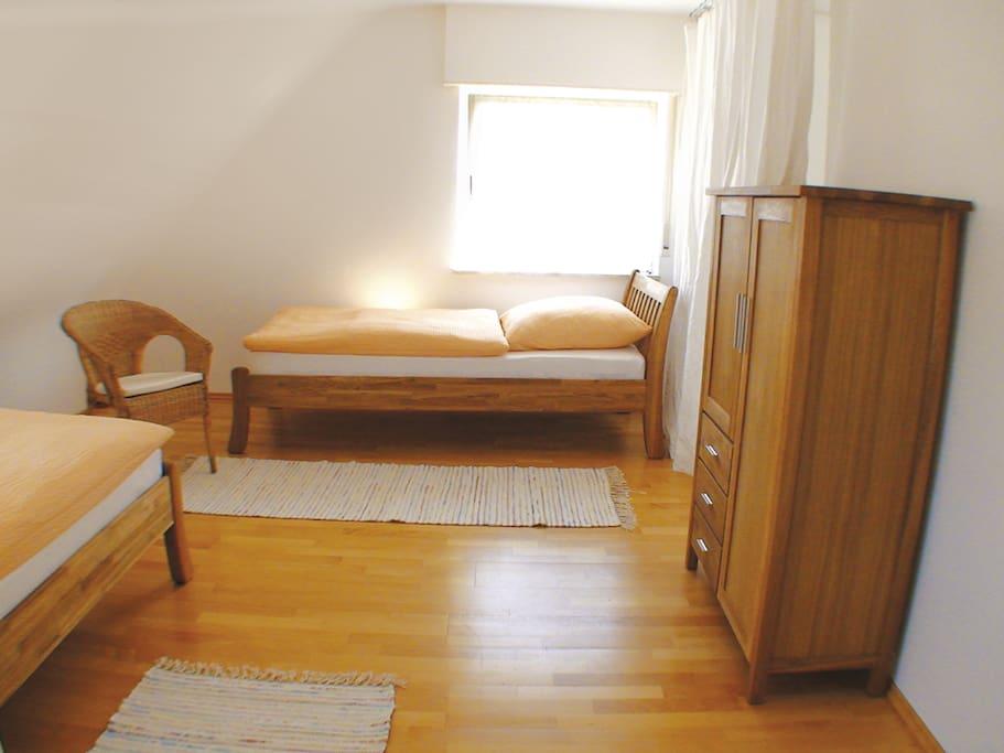 Zimmer 3 / 2 Einzelbetten