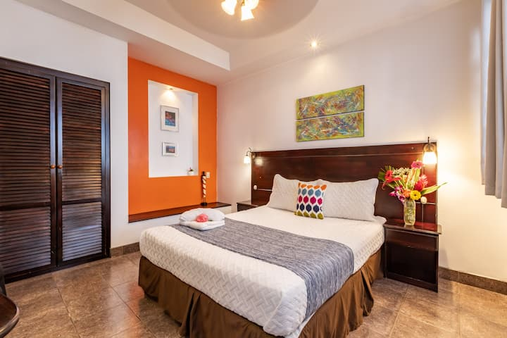 ALAJUELA CITY Hotel & Guest House   BEST IN ALAJUELA!   Superior Room