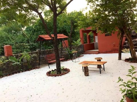 Thiyan Kuteer: A cozy Villa.