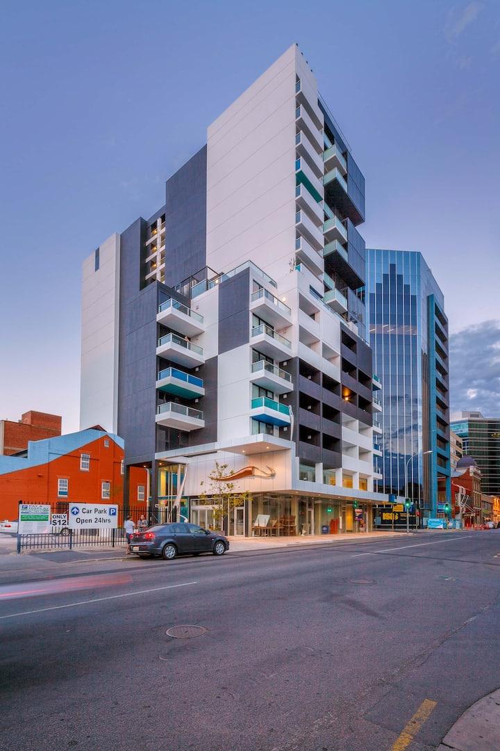 Modern 2Bed City Apartment w/Carpark - Waymouth St