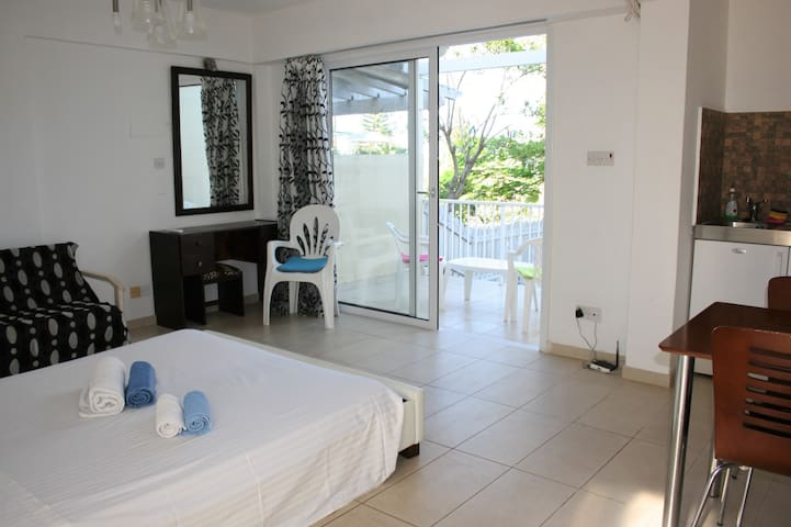 Studio in amazing location-Protaras - Protaras - Appartement
