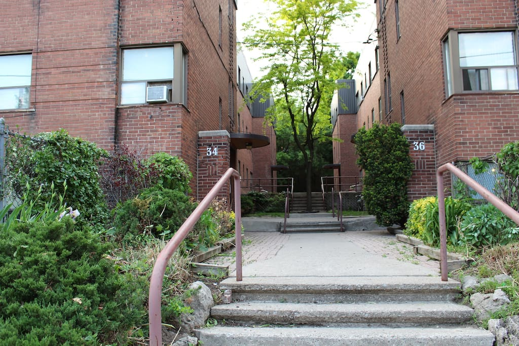 Apartment building off of Dufferin street. No elevator (stairs only). Located on second floor