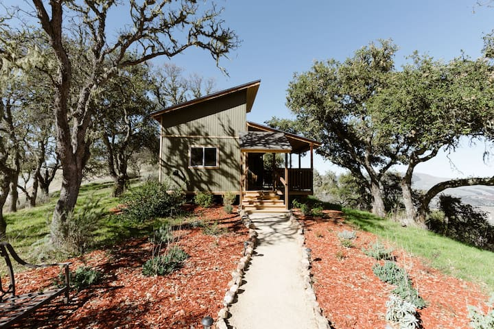 Peaceful Mountain Hideaway in Carmel Valley