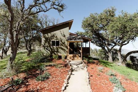 Peaceful Mountain Hideaway in Carmel Valley