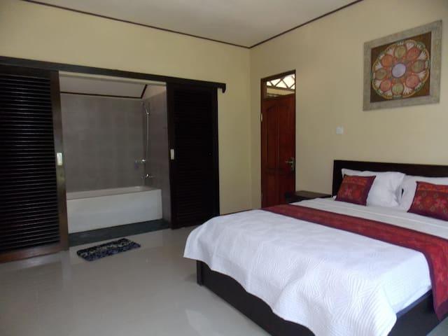 Room Nyoman Bed