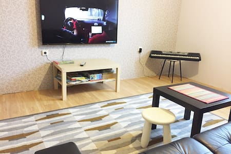 Большая квартира в спальном районе - Rostov - Apartment - 1