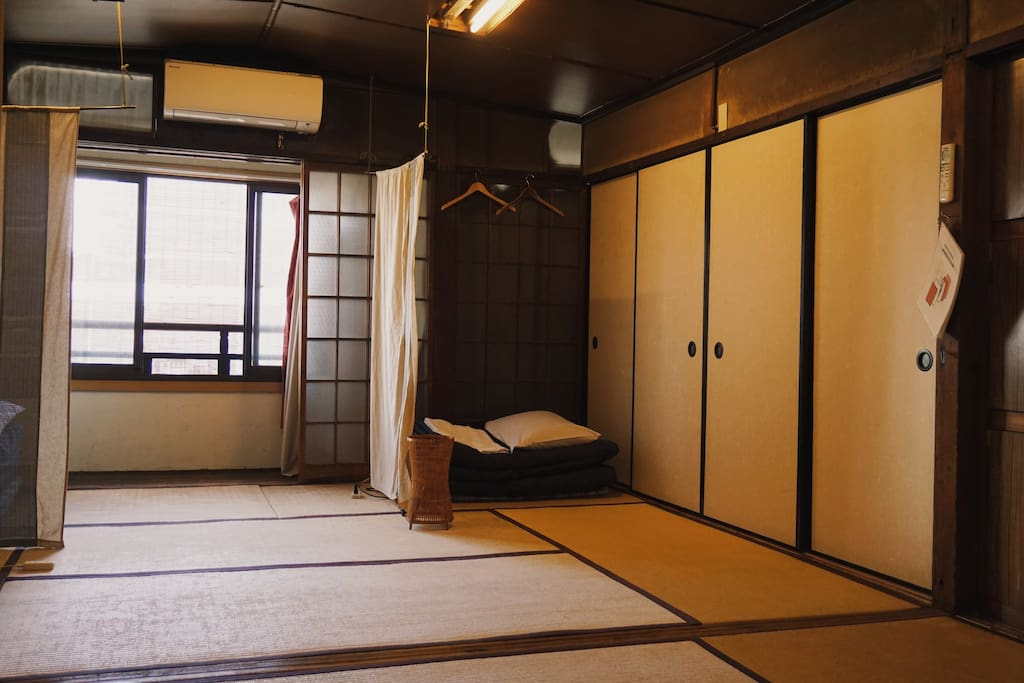 The Japanese-style beds in an antique room