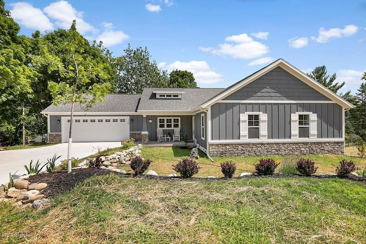 Thornapple River Spectacular Living