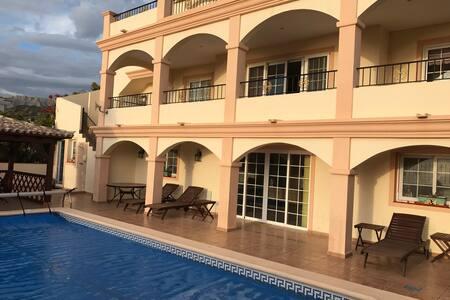 Spectacular Oceanview Villa with heated pool. - Costa Adeje
