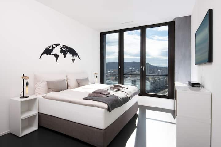 Penthouse above the clouds (126 m2 / 14. floor)