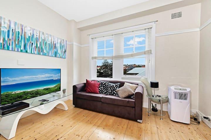 Bondi Beach Relaxing 1 Bedroom Apartment