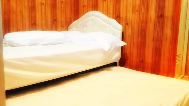 Calista Cozy Room Near Malioboro