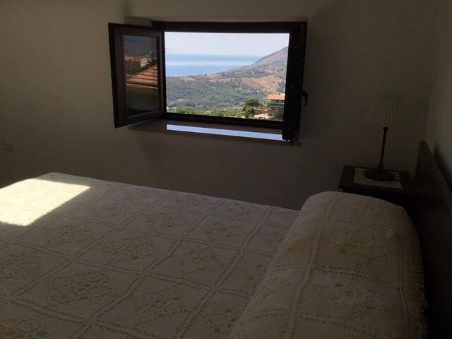 Fusco Rooms - Stanza Maddalena