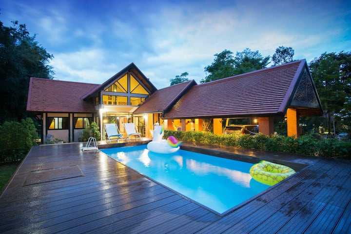 Khaoyai Valley Pool Villa 3