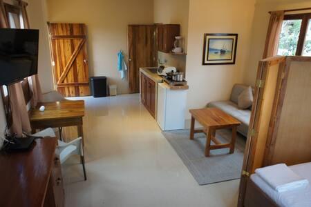 Studio XXL @ Rincón d'Olón -Apartment w/ Breakfast - Olon - Bed & Breakfast