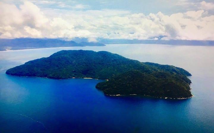 Bivouac sur l île réerve de Nosy Mangabe