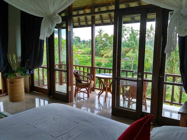 Ricefield view two-bedroom, wifi, pool, kitchen