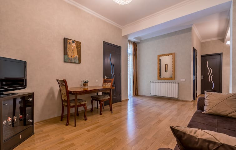 Beautiful 2-Bedroom Apartment in Old Tbilisi